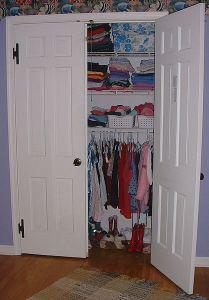 418px-Wall_Closet